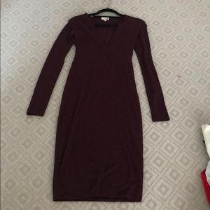 Aritzia/Wilfred Burgundy V Neck Midi Dress, size S